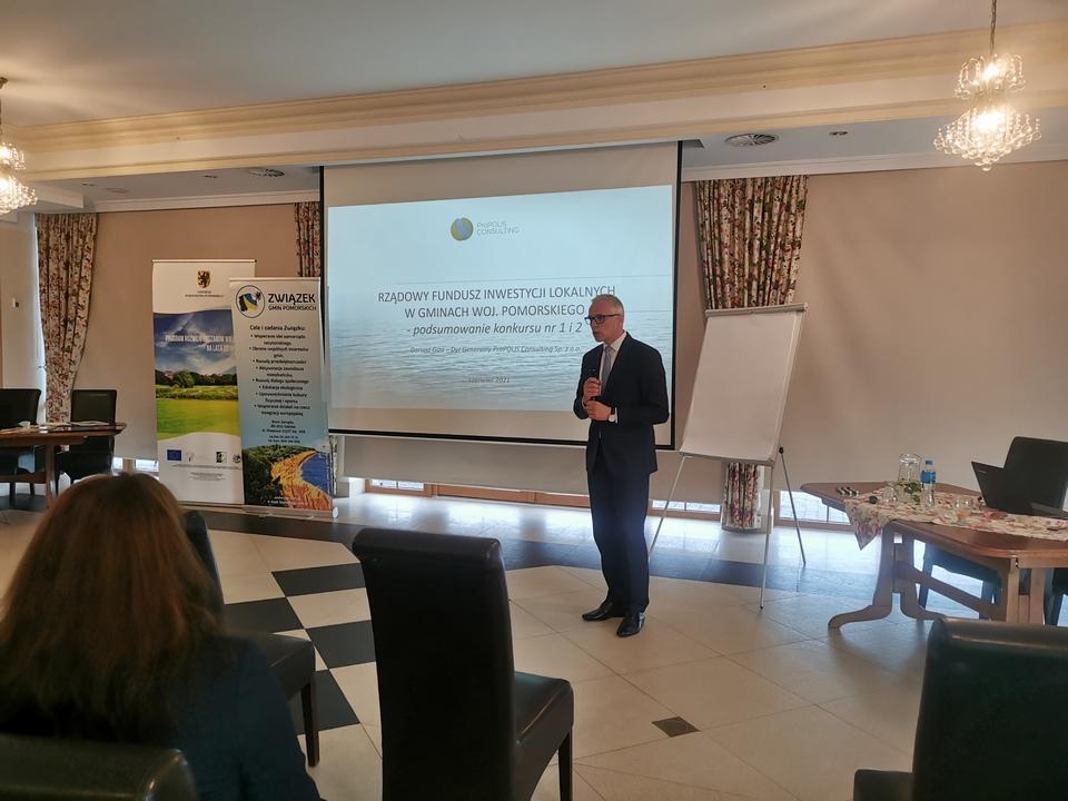 """Relacja z dwudniowej konferencji pn. """"Nowe wyzwania samorządów lokalnych i gospodarczych aktywizujących obszary wiejskie"""""""